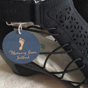 Jambu Shoes - JAMBU SANDALS BRAND NEW BLACK SIZE 6